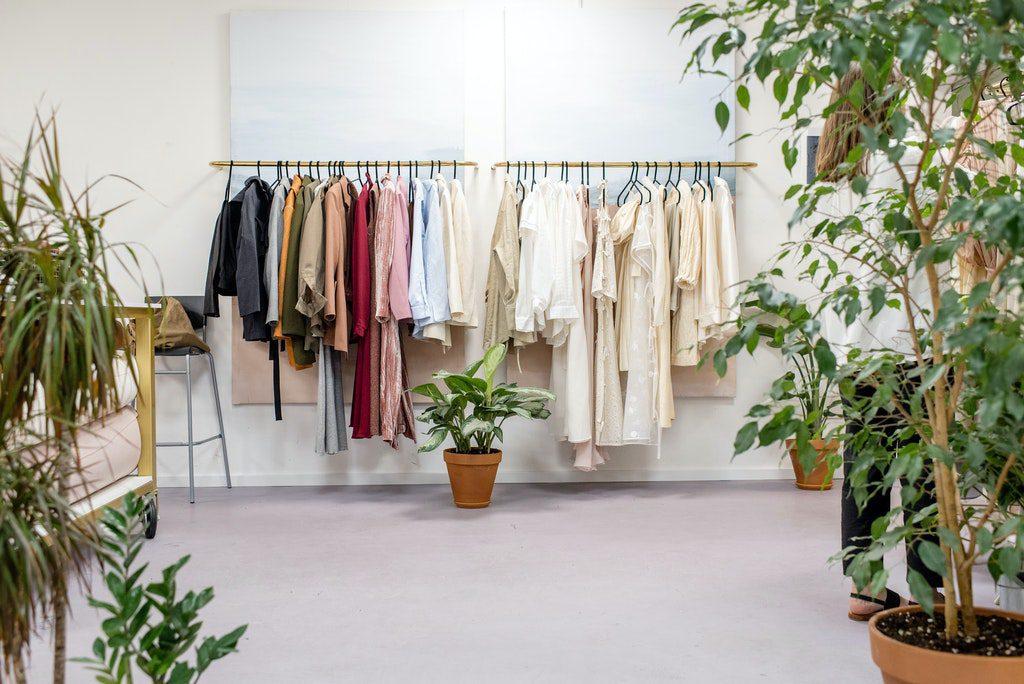 Cómo comenzar un negocio de ropa