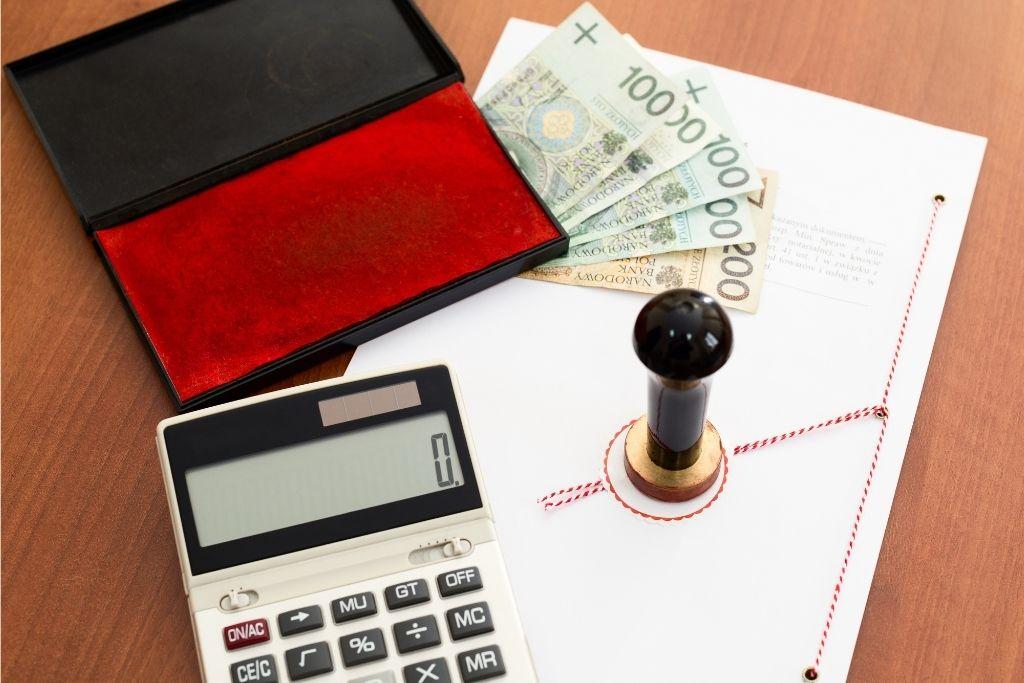 Cuáles bancos ofrecen servicio gratuito de Notaría