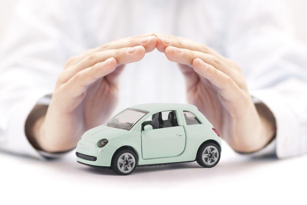 Importancia de elegir bien un seguro de auto