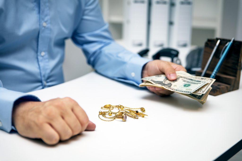 Beneficios de obtener un préstamo con una casa de empeño